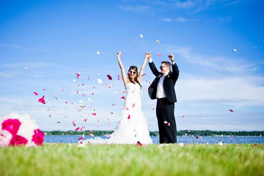 Bride and groom at Lake Lawn Wedding