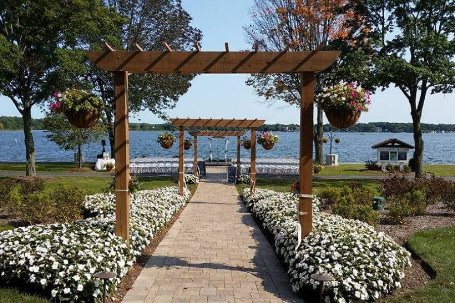 Lake Lawn Resort Outdoor wedding ceremony location